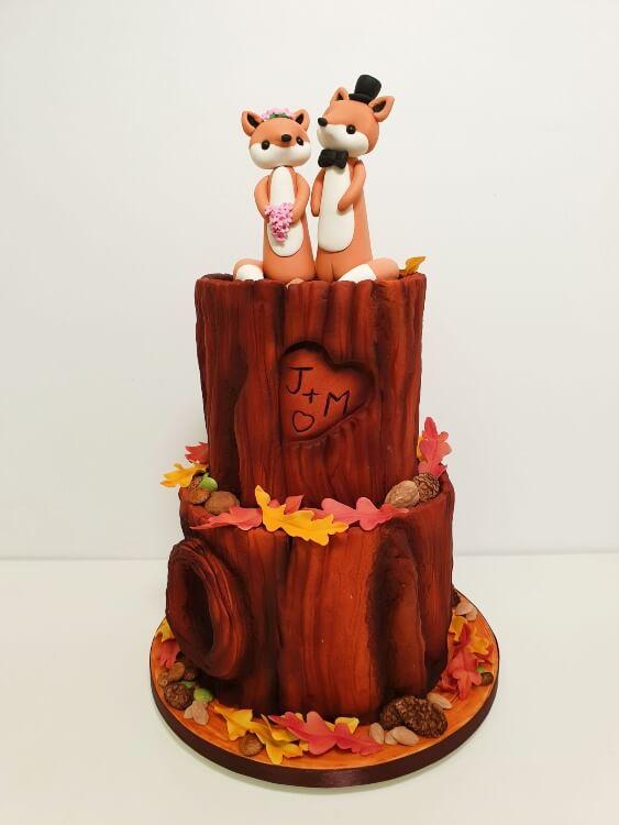 Woodland-tiered-class-cake-resized.jpg