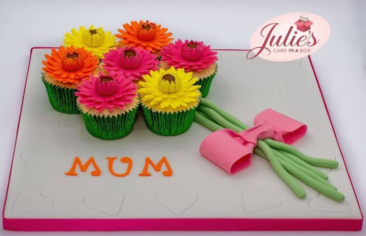 Easter-rabbit-cupcake-board-online-cake-topper-class-bonus-content-1.jpg