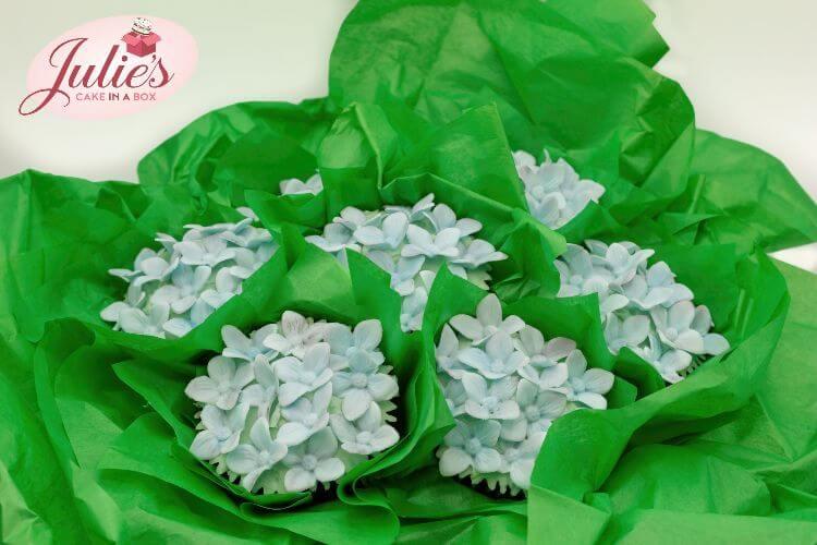 cupcake-bouquet-class-online-hydrangea-website.jpg