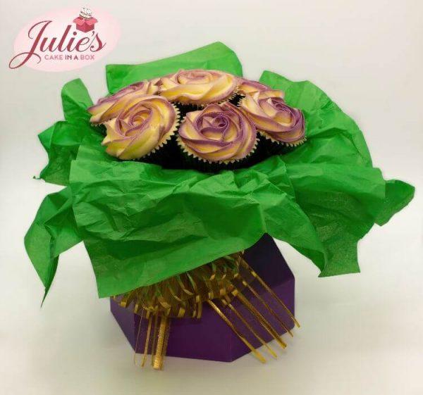 cupcake-bouquet-class-online-two-tone-roses-website.jpg