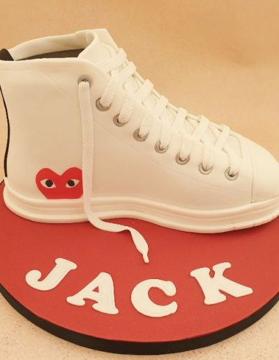 Converse-boot-shoe-cake-East-Yorkshire