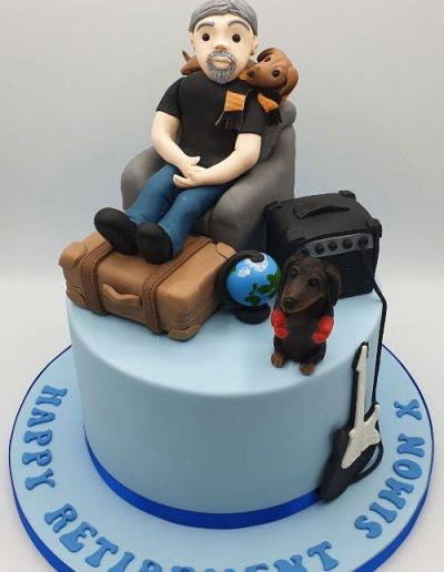Retirement-cake-with-man-east-yorkshire