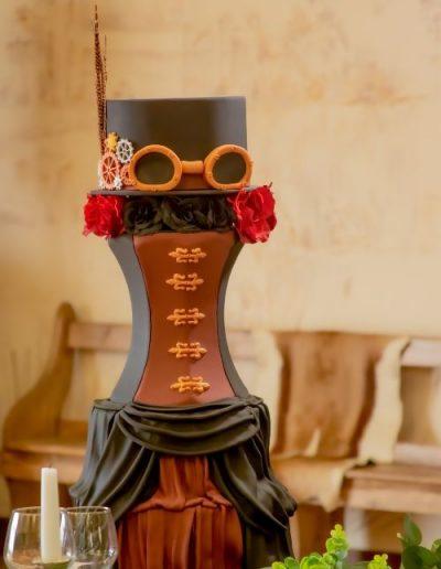 Steampunk-wedding-cake-East-Yorkshire
