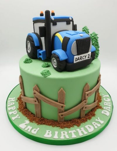 Tractor-themed-birthday-cake-east-yorkshire