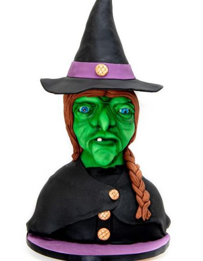 Witch-bust-carved-cake-East-Yorkshire